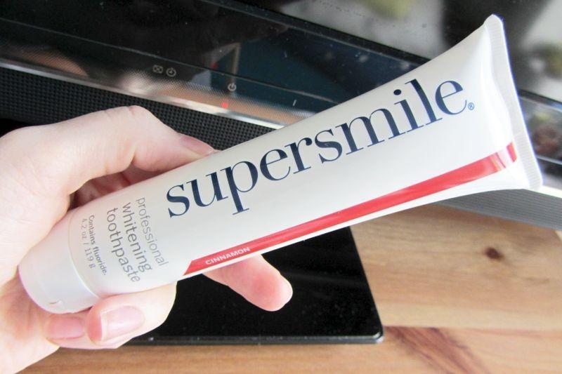 pasta wybielajaca supersmile